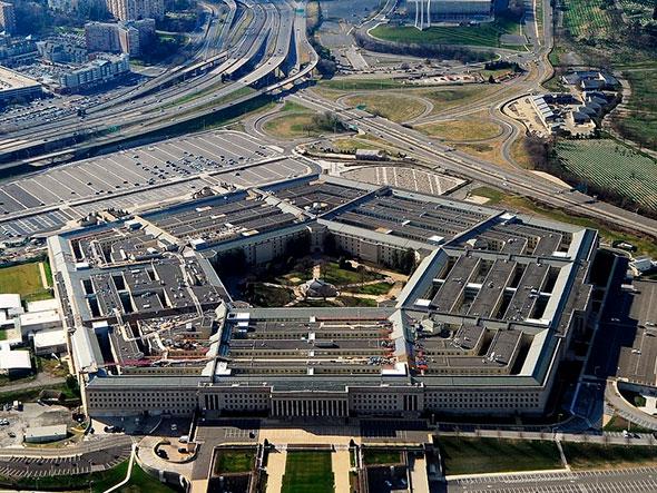 Здание Пентагона в США