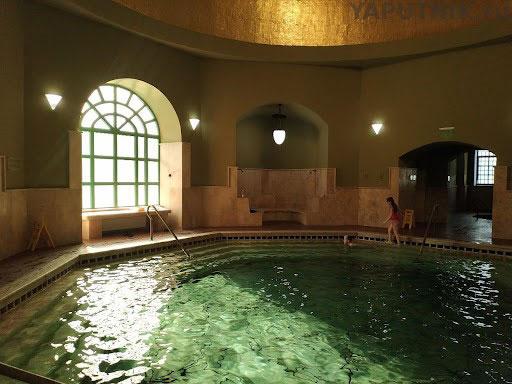 Бассейн в турецкой бане