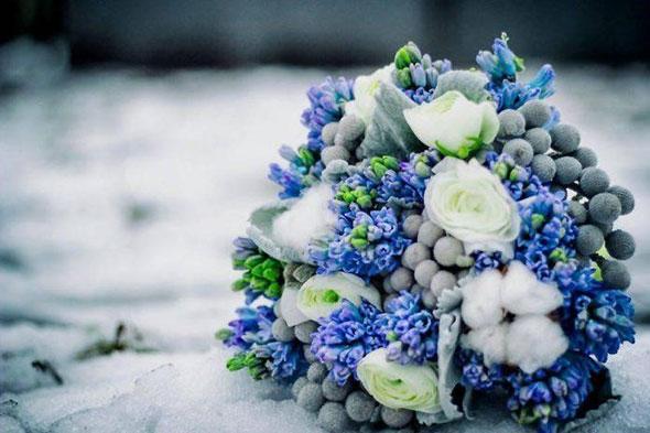 Букет синих цветов